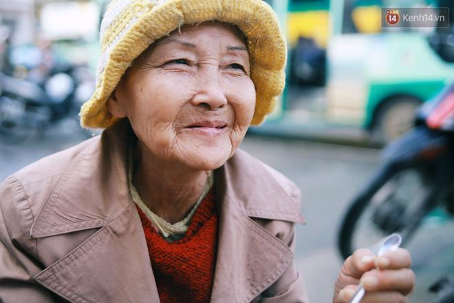 Hồng nhan thời trẻ nhưng về già chẳng chồng con, cụ bà 83 tuổi bầu bạn với thú hoang nơi phố núi Đà Lạt - Ảnh 3.
