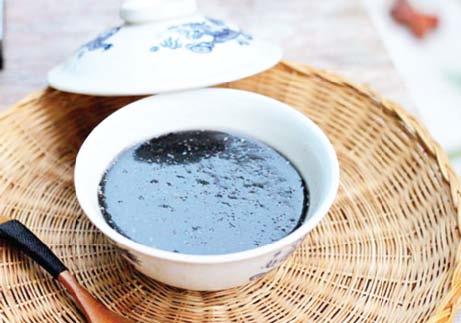 Món ăn, bài thuốc từ vừng đen - Ảnh 1.
