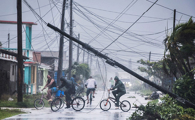 Giải mã bí ẩn siêu bão Harvey và Irma cùng xuất phát ở một địa điểm: Giới khoa học bất ngờ - Ảnh 5.