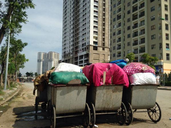 Hà Nội: Hàng trăm căn hộ view đẹp đóng cửa im ỉm cả ngày - Ảnh 2.