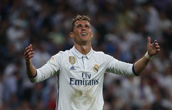 Zidane ra tay xử Ronaldo, kết quả không ngờ - Ảnh 1.