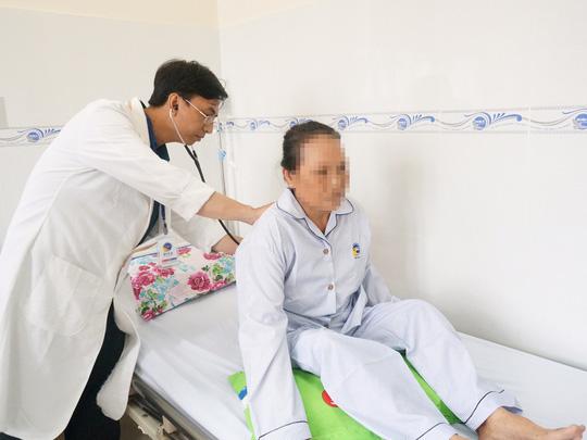 Suýt đột tử vì tự uống thuốc trị huyết áp - ảnh 2