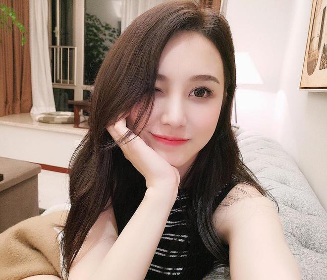 Cô bạn Trung Quốc mặt xinh, dáng đẹp, người gì đâu đáng yêu hết phần người khác - ảnh 1