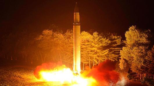 Đáp án cho câu đố tên lửa Triều Tiên đang ở cách Hàn Quốc... 8.000km - Ảnh 2.