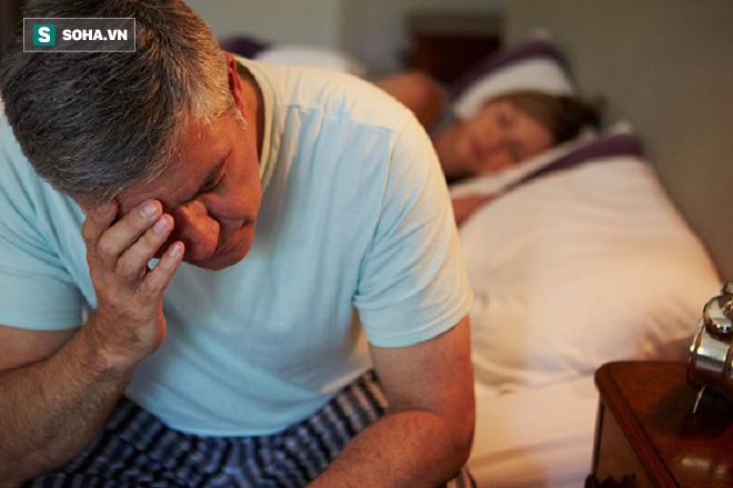Những dấu hiệu ung thư tuyến tiền liệt nam giới cần biết trước khi quá muộn - Ảnh 1.