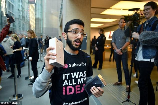 Fan cuồng iPhone: Tôi đã xếp hàng 11 ngày để mua iPhone 8 nhưng tôi chả thích nó tí nào cả - Ảnh 1.