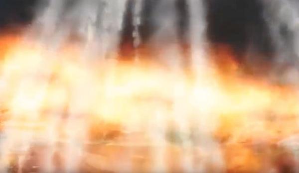 Triều Tiên tung ảnh dọa bắn cháy tàu sân bay Mỹ - Ảnh 3.