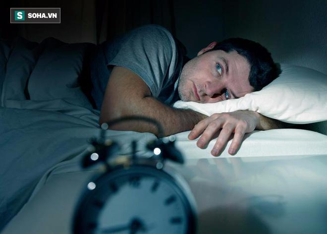 Muốn trẻ lâu, thức dậy tràn trề năng lượng nhất định nên đi ngủ vào giờ vàng này - Ảnh 1.
