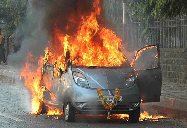 VinFast: Đừng làm xe giá rẻ - Ảnh 2.