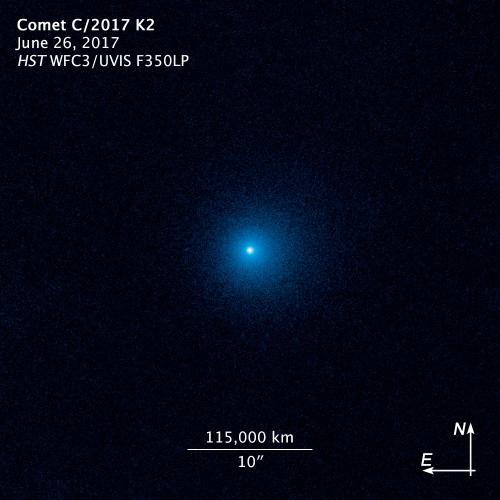 Kính Hubble chụp ảnh sao chổi đang hoạt động ở khoảng cách 2,4 tỷ km - Ảnh 1.