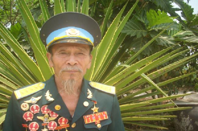 Phi công Việt Nam huyền thoại khiến không quân Mỹ khiếp vía là ai? - Ảnh 1.