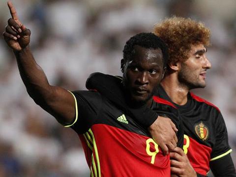 Fan M.U gọi điện cho HLV tuyển Bỉ vào lúc 3 giờ sáng, van nài đừng dùng Lukaku - Ảnh 1.