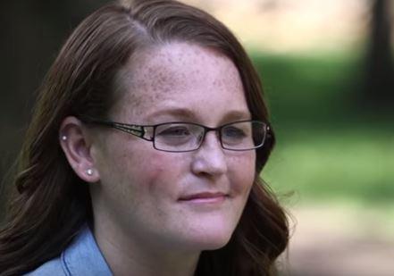 Kinh hoàng: Cô bé bị cha dượng bắt cóc và hãm hiếp suốt 20 năm, sinh 9 đứa con - Ảnh 5.