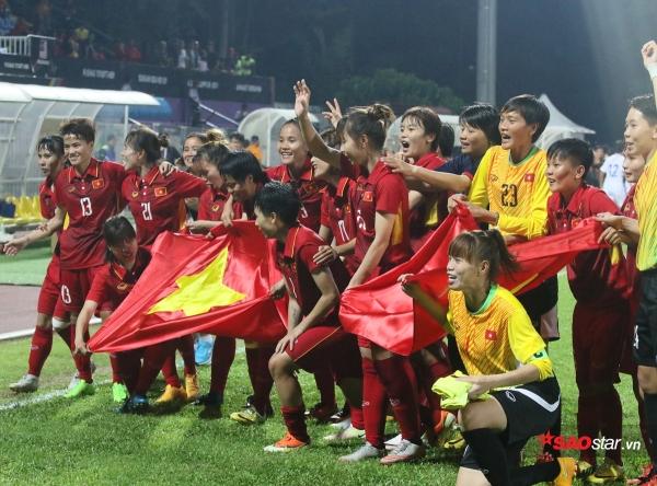 1 tháng sau SEA Games, tuyển nữ Việt Nam vẫn chưa nhận được 3 tỷ tiền thưởng và 20 tivi  - Ảnh 1.