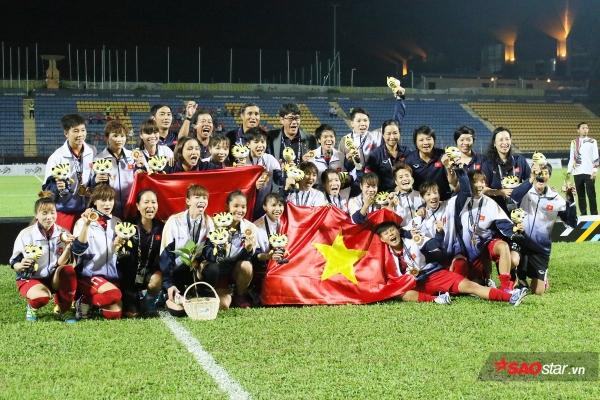 1 tháng sau SEA Games, tuyển nữ Việt Nam vẫn chưa nhận được 3 tỷ tiền thưởng và 20 tivi  - Ảnh 2.