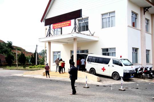 Lâm Đồng: Xe phục vụ du lịch tông cán bộ thuế tử vong - Ảnh 1.