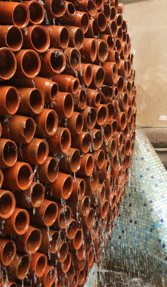 Ấn Độ thiết kế ra điều hòa không chạy điện, chỉ cần bình đất nung, nước và gió - Ảnh 1.