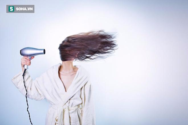Đừng để tóc ướt khi đi ngủ nếu bạn không muốn dành 1/3 cuộc đời ngủ với vi khuẩn - Ảnh 3.