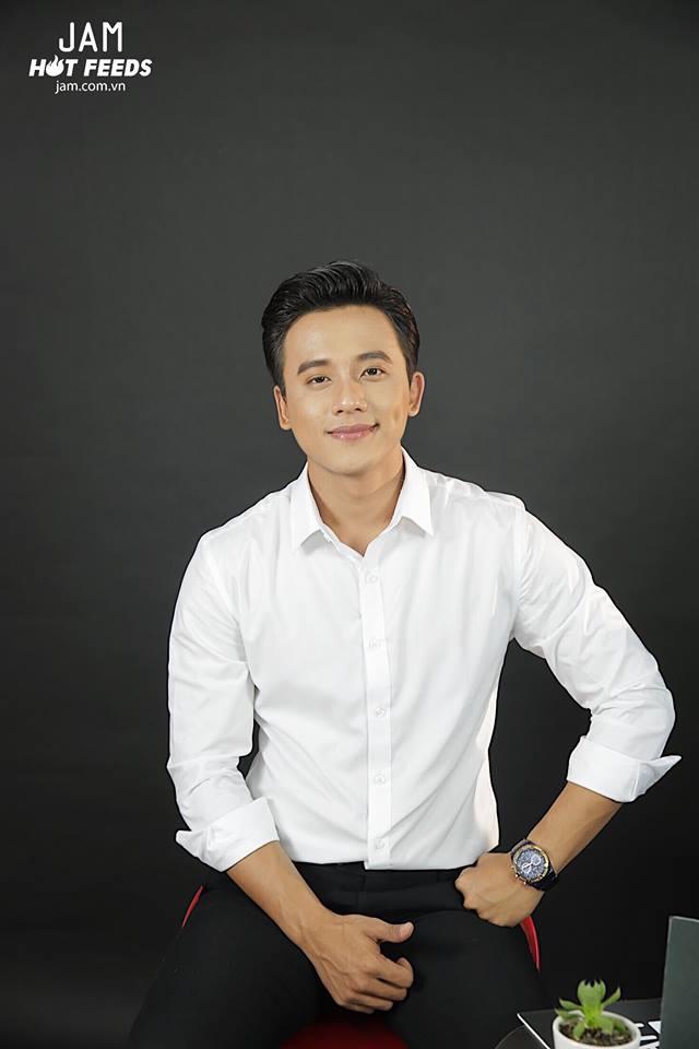 Mai Tài Phến xác nhận chỉ là bạn với Hương Tràm sau thời gian tìm hiểu khi đóng MV Em gái mưa - Ảnh 1.
