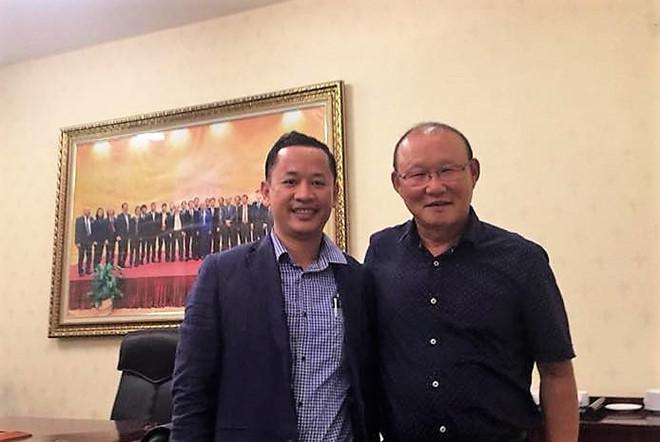 Thầy dạy ngoại ngữ cho Công Phượng làm trợ lý HLV Park Hang Seo - Ảnh 1.