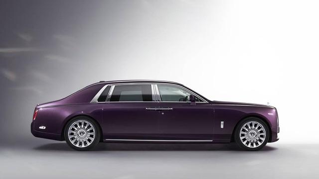 Cận cảnh siêu xe êm ái nhất hành tinh Rolls-Royce Phantom VIII - Ảnh 1.