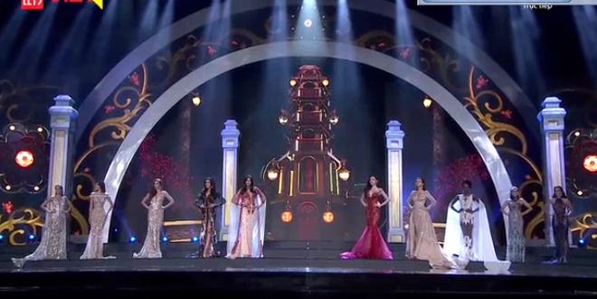 [TRỰC TIẾP] Chung kết Hoa hậu Hòa bình Quốc tế 2017 tại VN: Sốc khi Á hậu Huyền My bất ngờ trượt khỏi Top 5 - Ảnh 2.