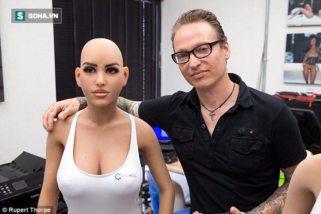 """Robot tình dục chính thức tạo thành """"cơn địa chấn"""" - chỉ 1 tháng nữa thôi! - Ảnh 2."""