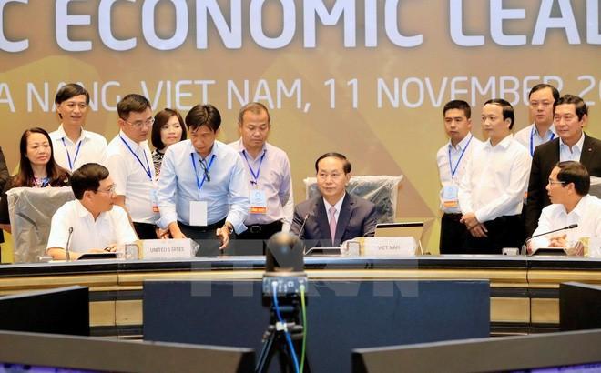 Giám đốc Điều hành ban Thư kí APEC Alan Bollard nêu những vấn đề cần quyết định trong hội nghị APEC tại Việt Nam - Ảnh 2.