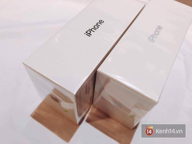 NÓNG: Đây là iPhone X 256GB đầu tiên sẽ về đến Việt Nam sáng nay, đầy đủ màu, giá 68 triệu đồng - Ảnh 1.