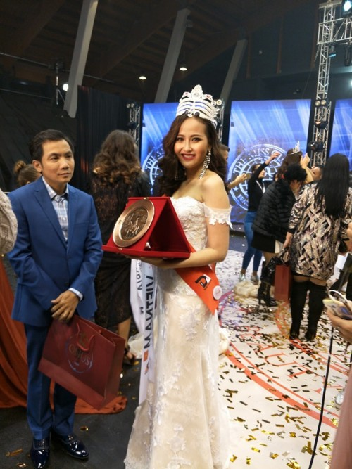 HOT: Khánh Ngân đăng quang Hoa hậu Hoàn cầu 2017 - Ảnh 2.