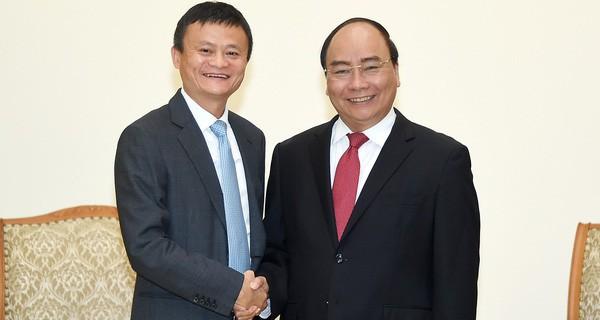Jack Ma đã nói những gì trong 1 tiếng truyền cảm hứng cho doanh nhân, startup Việt? - Ảnh 2.