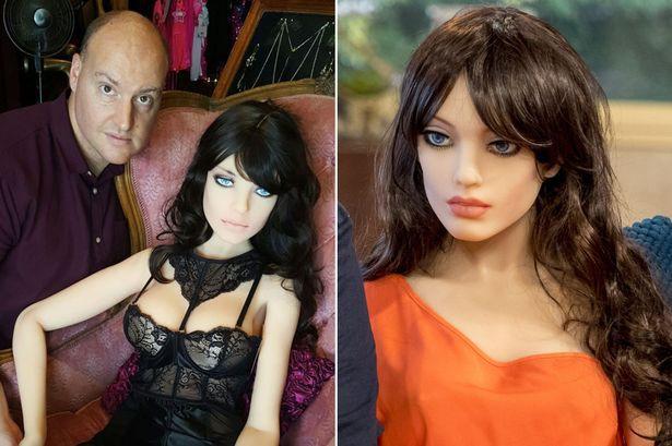 Robot tình dục được gửi đi sửa gấp sau khi bị lạm dụng tại hội chợ công nghệ - Ảnh 4.