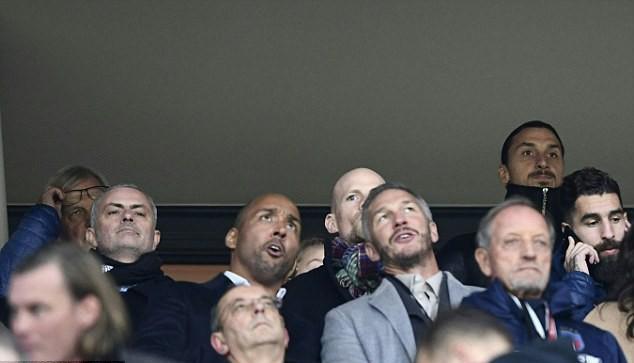 Mourinho xem giò đàn em của Ibrahimovic - Ảnh 2.