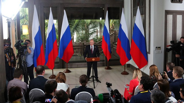 Tổng thống Putin ở Đà Nẵng: Nghĩa cử dành cho Việt Nam và cuộc gặp kỳ lạ với Tổng thống Mỹ - Ảnh 4.