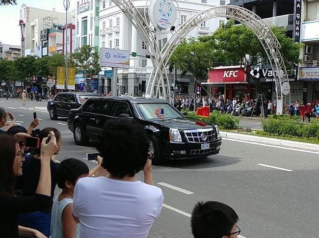 Xe chở tổng thống mỹ dự apec Đà Nẵng.