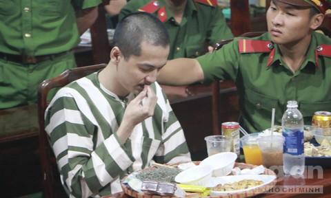 Chùm ảnh: Bữa ăn cuối cùng của tử tù Nguyễn Hải Dương - Ảnh 2.