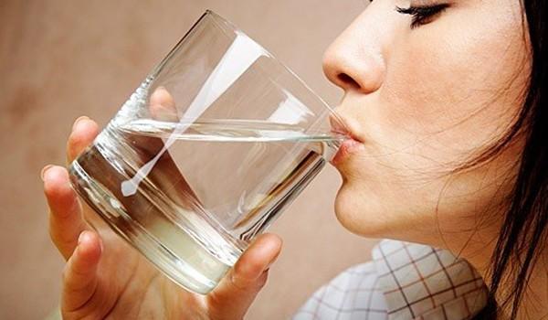 9 biện pháp khắc phục và ngăn ngừa tình trạng khô miệng bạn hoàn toàn có thể làm ở nhà - Ảnh 2.