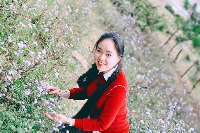 Cô gái Sài Gòn nuôi tóc dài 2m kiếm tiền triệu nhờ clip khoe tóc trên Youtube - Ảnh 2.