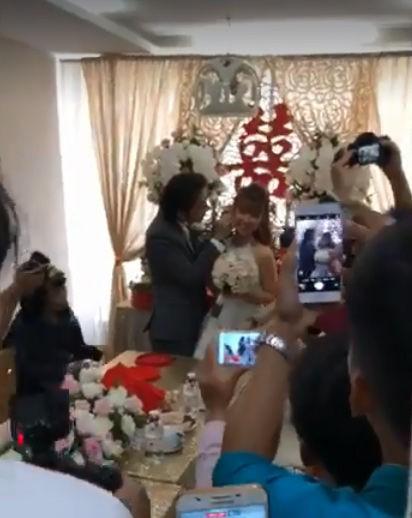 HOT: Đánh lừa công chúng, Khởi My và Kelvin Khánh đã bí mật tổ chức lễ cưới sáng nay - Ảnh 2.