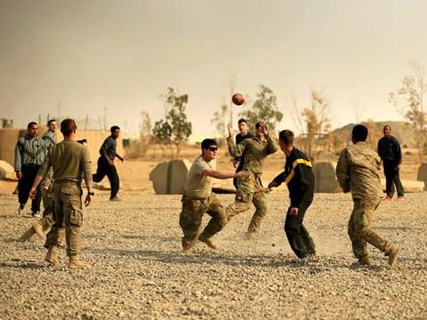Lính Mỹ làm lễ Tạ Ơn ở vùng chiến như thế nào? - Ảnh 7.