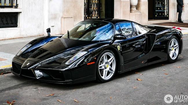 Ferrari Enzo 13 năm tuổi vẫn như xe mới - Ảnh 7.