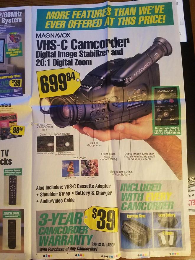 Nhìn lại hàng công nghệ đỉnh cao những năm 90 đây: máy tính RAM tận 1MB, TV 31 inch có jack A/V hiện đại - Ảnh 2.