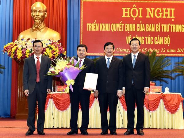 Triển khai Quyết định nhân sự của Bộ Chính trị, Ban Bí thư TƯ Đảng - Ảnh 1.