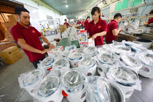 Nữ doanh nhân Việt gần 20 năm sản xuất nồi cơm điện, nội địa hóa 80%, các gia đình khắp miền Tây không ai không dùng - Ảnh 1.