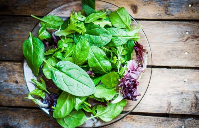 Chuyên gia hướng dẫn cách ăn rau bổ sung canxi hiệu quả hơn cả uống sữa - Ảnh 3.