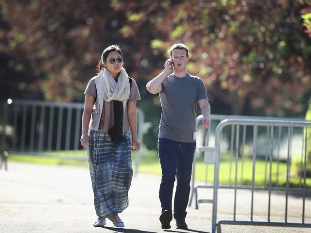 Quyết định ít nhất có thể là cách để Mark Zuckerberg điều hành Facebook nhưng vẫn có thời gian chăm con  - Ảnh 1.
