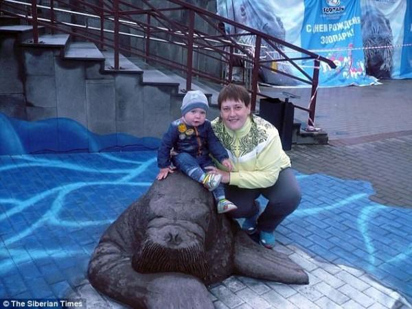 Đã giết chết hai con, bà mẹ Nga vẫn cố sát hại đứa thứ ba vì nguyên nhân ai cũng phẫn nộ - Ảnh 1.