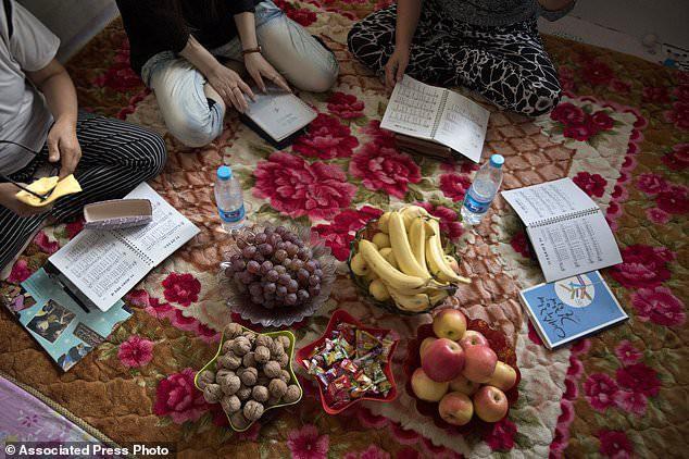 Phận đời tủi nhục của những phụ nữ bị lừa bán sang Trung Quốc làm cô dâu với giá bèo bọt - Ảnh 2.