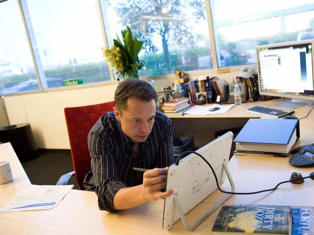 Các CEO doanh nghiệp đau đầu vì không biết giữ chân nhân tài như thế nào, hãy học hỏi cách chiều nhân viên của Elon Musk - Ảnh 2.
