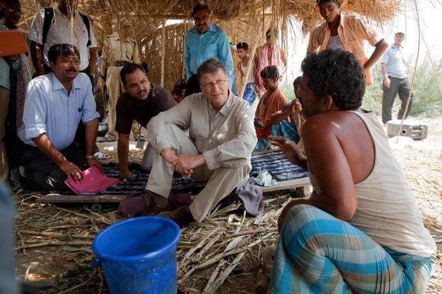 """Đây là 3 lĩnh vực mà tỉ phú Bill Gates đầu tư hơn một nửa tài sản để """"cứu"""" thế giới  - Ảnh 2."""